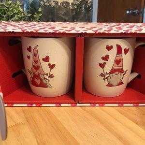 NIB set of 2 Valentine's Day gnome mugs